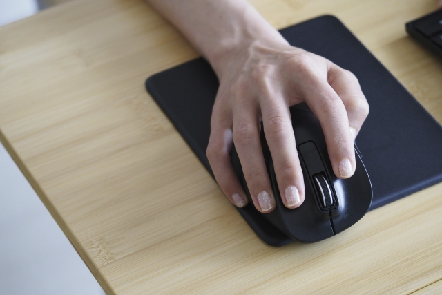 mouse-hand